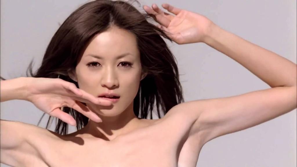 スーパーモデル高垣麗子の歴代の髪型を一挙公開!