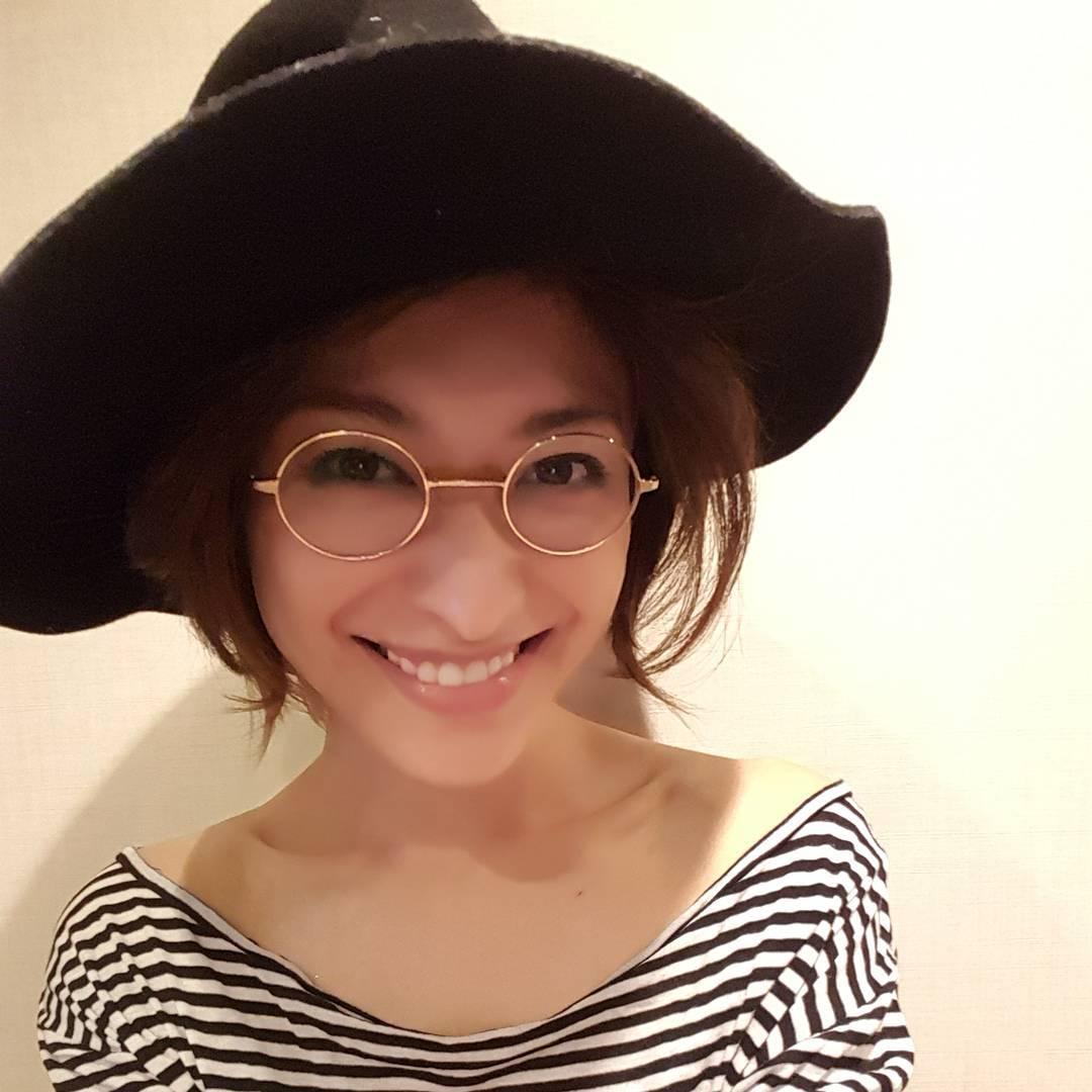 タレント メガネ